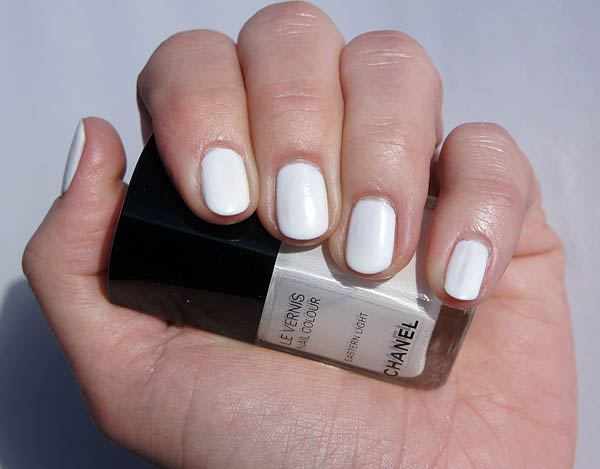 Chanel Eastern Light Nail Polish