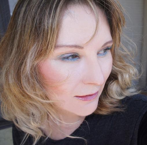 Wearing Chanel Stylo Eyeshadow