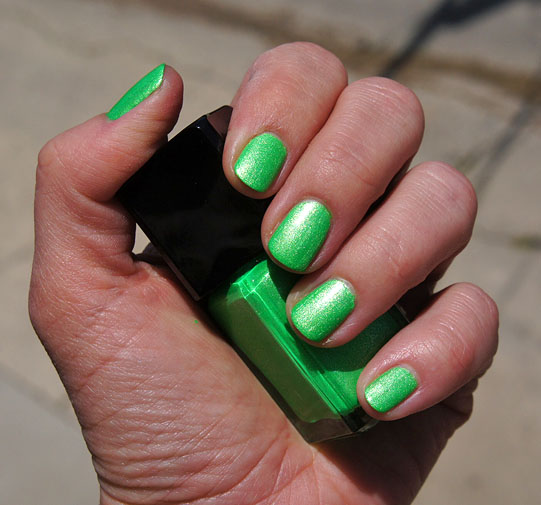 Illamasqua Omen UV Glow Nail Varnish