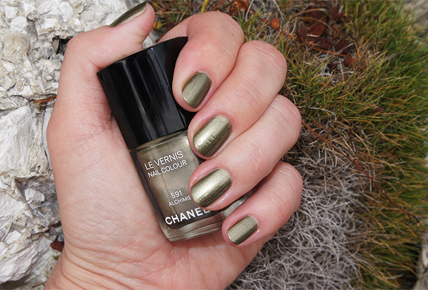 Chanel Alchemie 591 Nail Polish