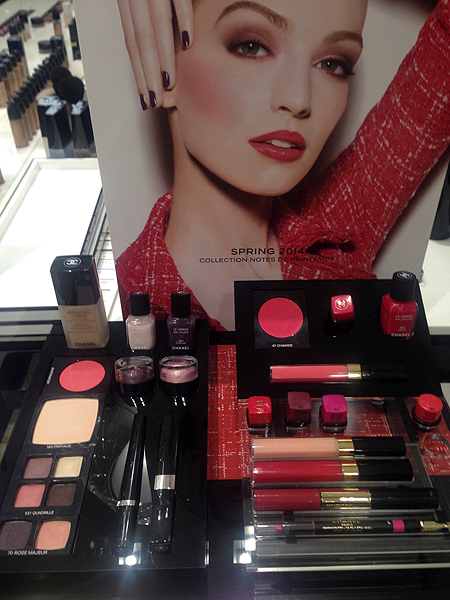 chanel-spring-2014-collection-display.jpg