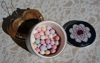 guerlain-clair-02-meteorites-pearls.jpg